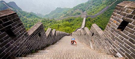 دیوار چین به صورت یک دیوار خطی پیوسته نیست