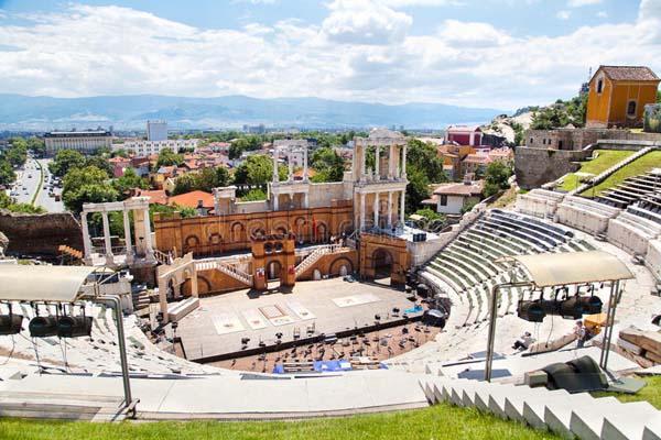 بلغارستان با ترکیبی از فرهنگ اروپا و ترکیه